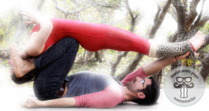 daniel-scott-yoga-8-things-you-should-know-about-acroyoga