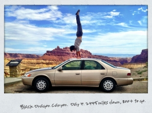 daniel-scott-yoga-black-dragon-canyon-handstand